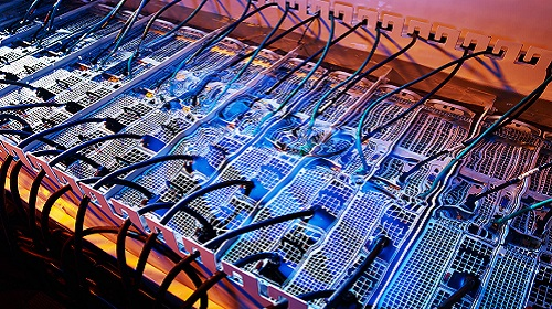 Cool computing - the evolution of datacentre energy efficiency