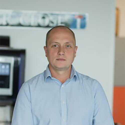 Mr Ian Beynon FEI